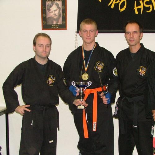 Wereldkampioen Tom met Sifu's